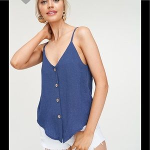 Tops - Buttoned down denim top ( COMING )